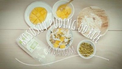 Kokosov puding od riže s mangom